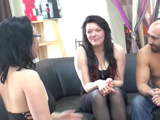 Premier tournage porno pour la jeune Leslie
